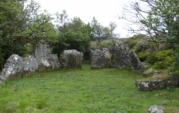 CARNAGAT DUAL COURT TOMB, COUNTY TYRONE